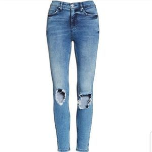 Free people busted skinny jeans 28S